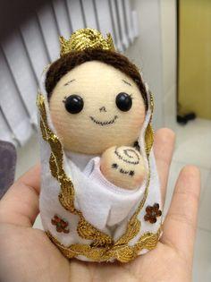 Boneca Mini Nossa Senhora de Nazaré santoantoniodesign.com.br