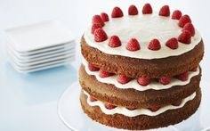 You'll find the ultimate Anna Olson Gingerbread Layer Cake with Raspberries and Lemon Buttercream recipe and even more incredible feasts waiting to be devoured right here on Food Network UK. Anna Olson, Layer Cake Recipes, Frosting Recipes, Dessert Recipes, Icing Recipe, Food Cakes, Cupcake Cakes, Cake Recipe Food Network, Food Network Recipes