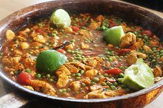Well this Quorn balti just plain gets it. Full of delicious flavours. Give it a go on Meat Free Monday. Quorn Recipes, Keema Recipes, Vegetable Recipes, Chicken Recipes, Veggie Food, Veggie Dishes, Indian Food Recipes, Gourmet Recipes, Vegetarian Recipes