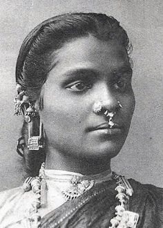 Tamil Woman Nose Piercing, Stretched Earlobs and Ear Jewels Ceylon CA 1906 We Are The World, People Of The World, Vintage Photographs, Vintage Photos, Antique Photos, Vintage India, Tribal People, India People, Ear Piercings