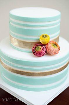 Blue Gold Wedding Cake | vibrantbride.com
