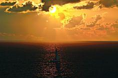 61 Barca a vela all'alba , Bel vedere di Cala moresca , Arbatax , Ogliastra , Sardegna  ( foto di Christian Deledda)