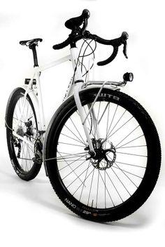 44 Bikes Huntsman // Big Tires & Disc