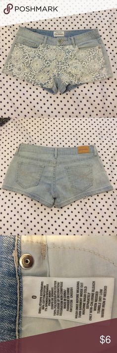 Aeropostale shorts Aeropostale light blue denim shorts with white flower lace pattern on the front- 5 functioning pockets- 2 inch inseam- size 0- great condition- only worn a few times! Aeropostale Shorts Jean Shorts