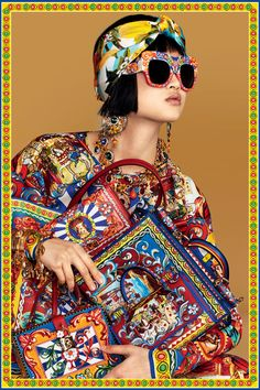 Fashion editorial spring summer dolce & gabbana 59 new ideas Fashion Art, Editorial Fashion, Trendy Fashion, Boho Fashion, High Fashion, Fashion Show, Fashion Looks, Womens Fashion, Fashion Trends