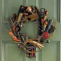Now I know what to do with all my dad's old tools. Make a tool wreath, this is ., Now I know what to do with all my dad's old tools. Make a tool wreath, this is great! Tool Wreath, Diy Wreath, Wreath Ideas, Wreath Making, Mesh Wreaths, Antique Tools, Old Tools, Vintage Tools, Nail Swag