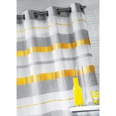 1000 images about deco maison on pinterest lace curtains monaco and triangles for Coussin jaune heytens