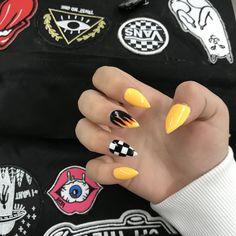 41 trendy yellow nail designs 2019 63 - Nails - Best Nail World Acrylic Nails Pinterest, Cute Acrylic Nails, Yellow Nails Design, Yellow Nail Art, Aycrlic Nails, Hair And Nails, Racing Nails, Checkered Nails, Fire Nails