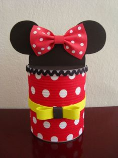 lots of party ideas Coffee Can Crafts, Tin Can Crafts, Fun Crafts, Diy And Crafts, Crafts For Kids, Mickey E Minnie Mouse, Mickey Mouse Birthday, Mickey And Friends, Birthday Decorations