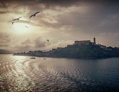 """Check out new work on my @Behance portfolio: """"mysterious Island"""" http://be.net/gallery/44764647/mysterious-Island"""
