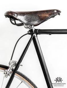 ¿Quieres conocer nuestros gustos y lo que nos apasiona dentro del mundo de la bici? Pues no te pierdas nuestra web www.bicyclemakers.com