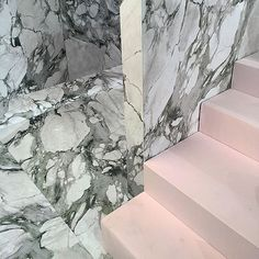 Green marble and baby pink set staging @carven_paris (: @katrinaisrael) #fashion #pfw #carven