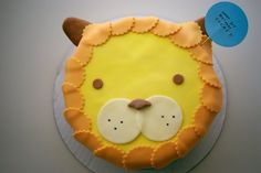 Cute, simply decorated lion cake