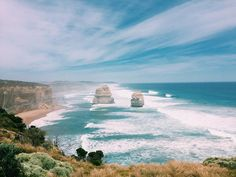#tbt to some gorgeous shades of blue  #12apostles #myaustralia #cntraveler #friendtrip by eaffer http://ift.tt/1ijk11S
