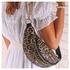Saddle Bags, Chloe, Diva, Fashion, Moda, Fashion Styles, Divas, Fashion Illustrations, Godly Woman