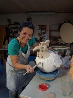Ceramic Birds, Ceramic Animals, Clay Animals, Clay Birds, Ceramic Pottery, Pottery Art, Ceramic Art, Chicken Crafts, Chicken Art