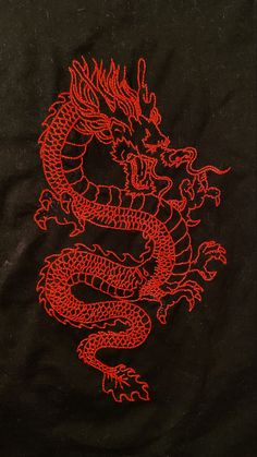 Whats Wallpaper, Trippy Wallpaper, Iphone Background Wallpaper, Small Dragon Tattoos, Chinese Dragon Tattoos, Small Tattoos, Dragon Tattoo On Thigh, Chinese Dragon Art, Tribal Dragon Tattoos