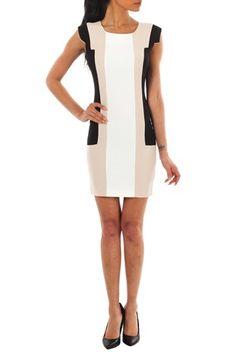 Ziata Pencil Dress White fra Kouture