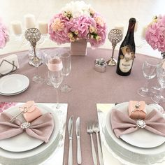 Wedding Tables, Wedding Venues, Baby Girl Baptism, Wedding Decorations, Table Decorations, Backdrops, Projects To Try, Weddings, Birthday