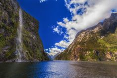 The mighty cliffs of Milford Sound, New Zealand
