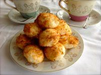 Sugar Free Macaroons - a simple recipe to use up egg whites