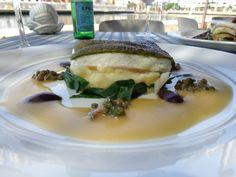 Pescado de temporada al horno con costra verde (con puré de papa y ajo con guarnición à la grenobloise) (alcaparras, aceitunas, tomate, perejil y beurrenoisette) @ Restaurant Marea by Rausch