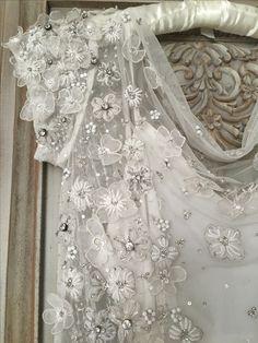 Eliza Jane Howell 'Astrida' £1395 #elizajanehowell #astrida #sample #sampleweddingdress #bride #bridetobe #weddingplanning