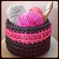 Lady Crochet: Cesto de trapillo Fluo (con patrón)