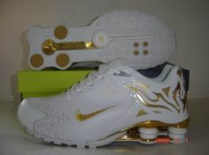Mens Nike Shox Torch II Running Shoes White/Gold -