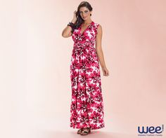 Vestidos florais melhoram o humor de quem usa e enchem de alegria os ambientes por onde passam. #weefashioncurves #wee #curves #floral