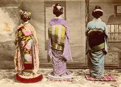 Dressed for Shubun-no-hi 1890s by Blue Ruin1, via Flickr