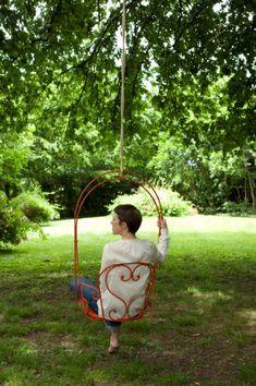 1900 - Contemporary hanging chair / fabric / steel / outdoor by FERMOB Contemporary Hanging Chairs, Outside Swing, Hammock Swing, Hammocks, Iron Furniture, Furniture Design, Swinging Chair, Chair Swing, Metal Projects