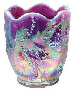 plum opalescent vase - Fenton Love the bubbles and fish! Fenton Glassware, Antique Glassware, Vases, Murano, Glass Company, Purple Glass, Objet D'art, Carnival Glass, Glass Collection