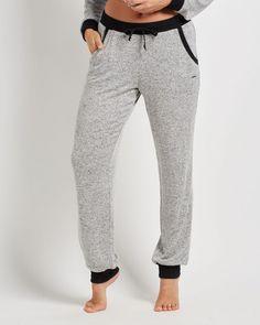 La Vie en Lounge - La Vie en Lounge Pants - or something like this. Loose and comfy, likely size small. Pantalon Long, Joggers, Sweatpants, Lounge Pants, Comfortable Outfits, Comfy, Hoodies, Shorts, Sweaters