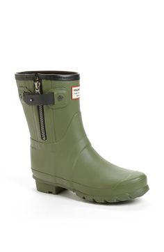 Hunter rag & bone Short Rain Boot (Women) at Nordstrom.com. A covetable collaboration boot melds rag & bone's signature moto styling with Hunter's wet-weather durability for an exclusive—and edgy—take on a rainy day essential.