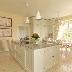 Bath Painted Kitchen classic English country kitchen with a modern twist. Designed and made for a Georgian house near Bath. Home Room Design, Home Appliances, Georgian Homes, Georgian Interiors, Kitchen Plans, Interior Furniture, English Country Kitchens, Traditional Kitchen, Kitchen Design
