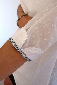 Mademoiselle Plumetis :: Puño y bies. Kurti Sleeves Design, Sleeves Designs For Dresses, Dress Designs, Sleeve Designs For Kurtis, Blouse Designs, Techniques Couture, Sewing Techniques, Fashion Details, Diy Fashion