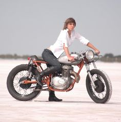 Honda CB 360 cafe racer custom on sand. Perfect size for motoladies who like smaller bikes.