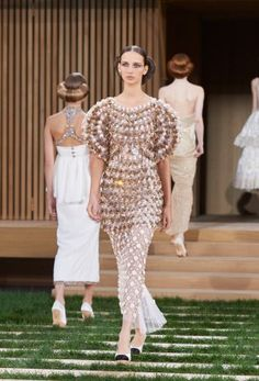 Chanel-Spring-2016-Haute-Couture-Runway67