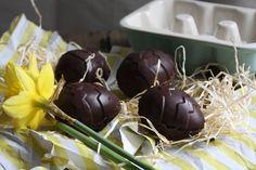 Salted Caramel Fondant Easter Eggs. Vegan, gluten free, dairy free, refined sugar free, grain free.