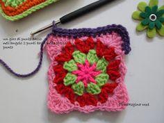 ElenaRegina wool: Portatutto fiorellosi Fiorelli, Crochet Handbags, Crochet Bags, Free Pattern, Wool, Crafts, Stitches, Anna, Patterns