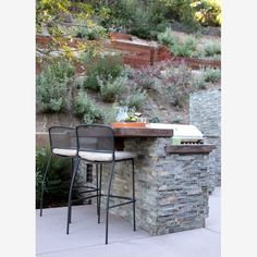 Outdoor Kitchen, Garden Features: Beyond the Gnome