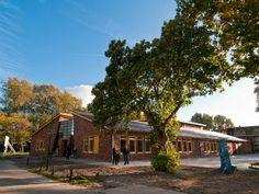 Benedictusschool te Heiloo.   http://www.klimaatgroepholland.nl/1/61/referenties-van-klimaatgroep-holland.html