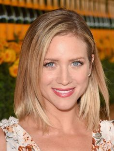 Brittany Snow Mid-Length Bob - Brittany Snow attended the Veuve Clicquot Polo Classic wearing a perfectly neat lob.