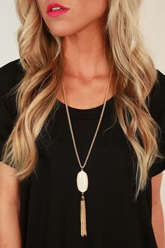 Take Center Stage Stone Tassel Necklace in Ivory