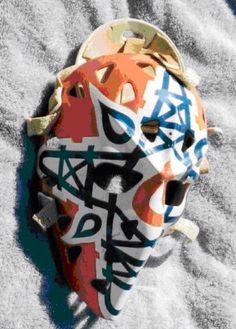 Love the criss-crossed oil derricks on Gary Edwards' Edmonton Oiler mask. Hockey Helmet, Hockey Goalie, Ice Hockey, Football Helmets, Hockey Rules, Goalie Mask, Masked Man, Edmonton Oilers, Montreal Canadiens
