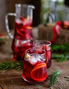 julig-sangria-recept-1 Merry Christmas Wishes, Merry Little Christmas, All Things Christmas, Christmas Time, Refreshing Drinks, Fun Drinks, Yummy Drinks, Alcoholic Drinks, Swedish Christmas Food