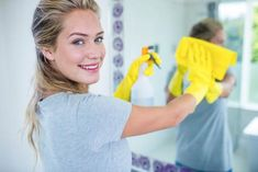 source:https://www.shutterstock.com 子どもが小さいと、目が離せないから念入りな大掃除は難しいのが現実。 だからこそ、大掃除は効率的に賢く終わらせたいもの。 簡単な手入れをして放置しているうちにキレイにで…