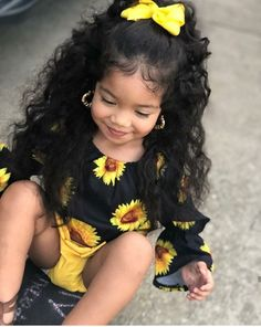 Baby girl cute kids Ideas for 2019 Cute Mixed Babies, Cute Black Babies, Cute Baby Girl, Cute Little Girls, Cute Babies, Black Mexican Babies, Baby Boy, Cute Kids Fashion, Little Girl Fashion