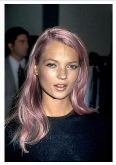 Kate moss pink hair and shimmer lipstick combo kate moss, Celebrity Hairstyles, Cool Hairstyles, Scene Hairstyles, New Hair, Hair Inspo, Hair Inspiration, Blonde Grise, Rave Shirts, Die Queen